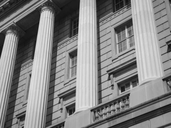 Black and White Photo of a Courthouse